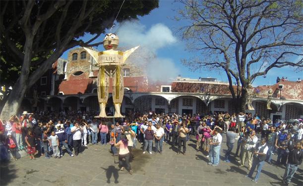 Quema de los Judas en Puebla