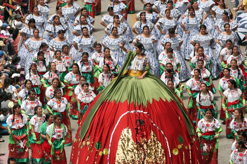 Desfile 5 de Mayo